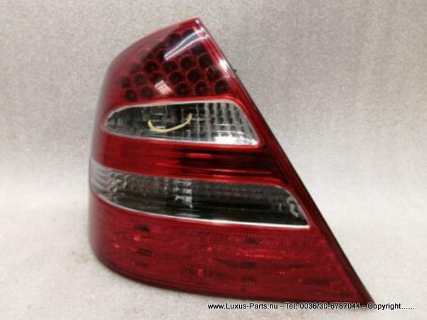 MERCEDES E Class W211 Left Rear Light A2118200564 Rückleuchte Hinten Links AMG