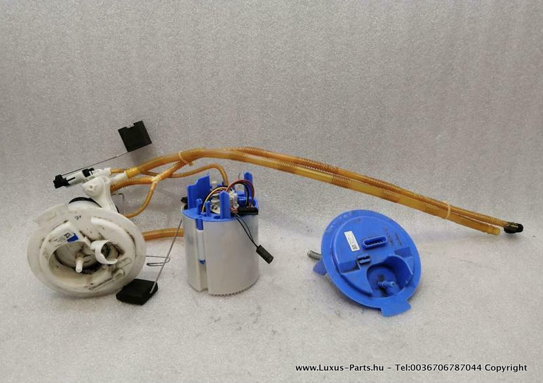 MERCEDES C Class W204 C63 AMG Fuel Pump Electric A2124703194 Kraftstoffpumpe V8
